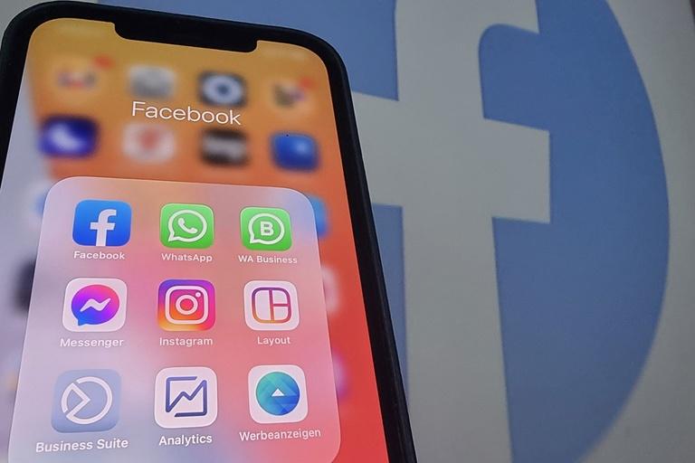 Cybersickness Social Media Illness