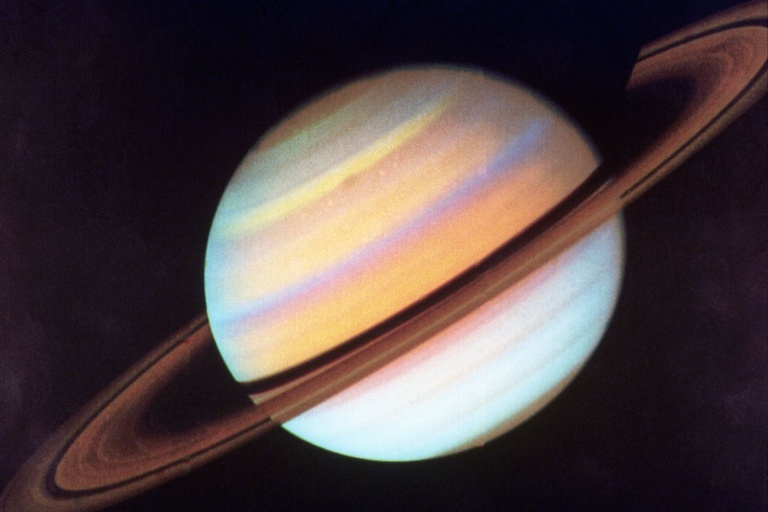 Saturn's core discovery